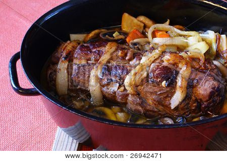 Roe-deer fillet in black pan