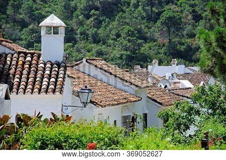 Townhouses On The Edge Of Town, Pueblo Blanco, Benahavis, Costa Del Sol, Malaga Province, Andalucia,