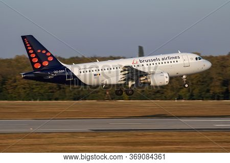 Budapest / Hungary - October 14, 2018: Brussels Airlines Airbus A320 Oo-ssr Passenger Plane Arrival