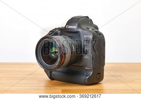 BUDAPEST, HUNGARY - NOVEMBER 30, 2017: Canon EOS 1Dx mark II, Canon's flagship DSLR, 24mm lens attached