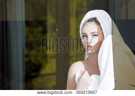 Young Woman After Bath Or Shower. Girl Wearing White Towel On Head Holding Hand On Shoulder, Nude Ma