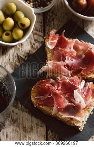 Delicious Appetizer Of Ham And Salad