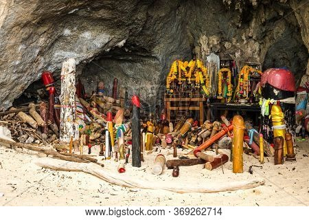 Phra Nang Princess Cave In Railay Beach Krabi Phallus Shrine