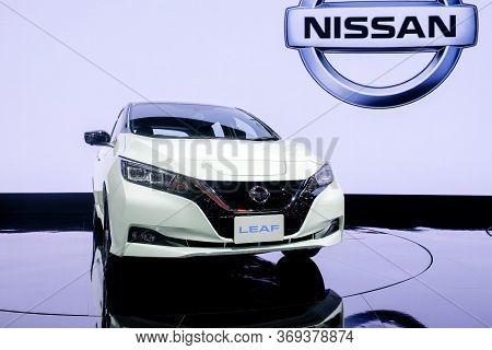 Nonthaburi-thailand 28 Nov 2018: Nissan Leaf, Zero-emission 100% Electric Car Show On Display At The