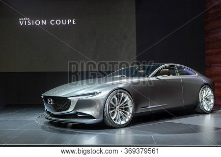 Nonthaburi-thailand 28 Nov 2018: Mazda Vision Coupe Concept  Show On Display At The 35th Thailand In