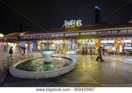Bangkok, Thailand - February 10, 2020: The Night View To Warehouse 6, The Market Asiatique The River