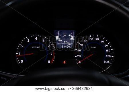 Novosibirsk/ Russia - March 23, 2020: Hyundai Solaris,round Speedometer, Odometer With A Range Of 12