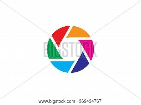 Camera Symbol. Flat Photo Camera Vector Isolated. Modern Simple Snapshot Photography Sign