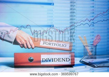 Finance. Dividend And Portfolio Binders. Bond Market, Stocks, Reits, Etfs, Bonds, Investment Product