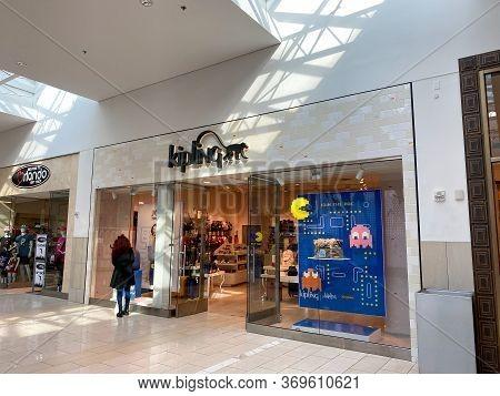 Orlando,fl/usa-2/17/20: The Kipling Storefront At The Millenia Mall In Orlando, Florida.
