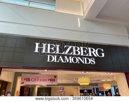 Orlando,fl/usa-2/17/20: The Helzberg Diamonds Storefront At The Millenia Mall In Orlando, Florida.