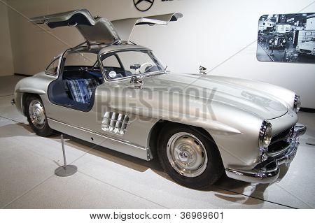 Mercedes Benz 300SL Gullwing