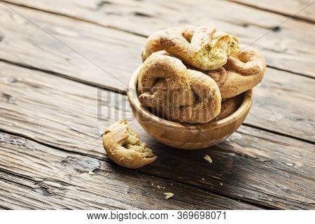 Traditional Italian Bread Taralli
