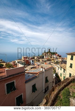 Ancient And Famous Village Of Vernazza And Seascape. Cinque Terre, National Park In Liguria, La Spez