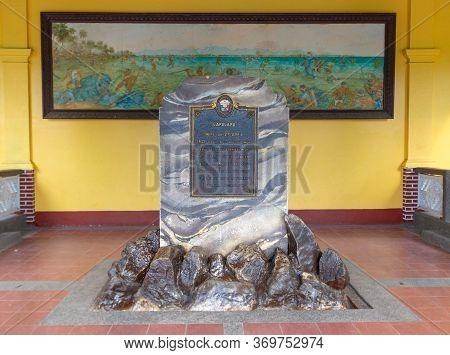 Mactan Island, Cebu, Philippines -october 3,2018: Memorial Stone Dedicated To Leader Lapu Lapu Natio