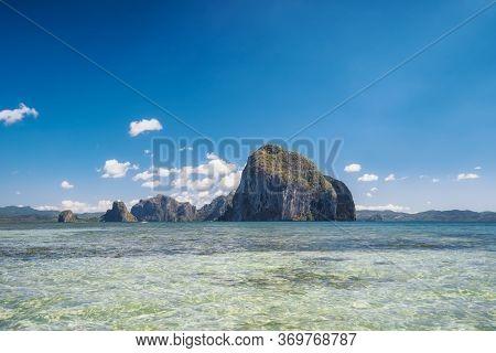 Panoramic View Of Impressive Pinagbuyutan Island Located In El Nido Palawan, Bacuit Archipelago, Phi