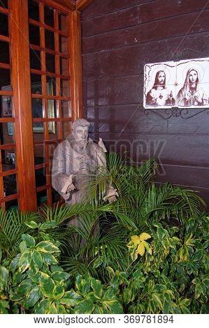 Palawan, Ph - Nov 28 - Priest Statue On November 28, 2009 In Puerto Princesa, Palawan, Philippines.