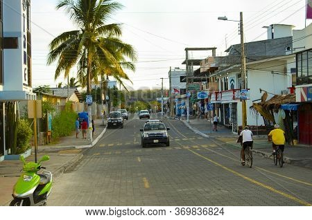 Puerto Ayora, Ecuador - April 26, 2009: Local Traffic On Charles Darwin Avenue