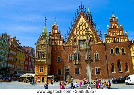 Wroclaw, Poland - August 17, 2009: Gothic Old Town Hall Converted Into An Art Museum