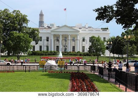 Washington, Usa - June 13, 2013: People Visit White House In Washington. 18.9 Million Tourists Visit