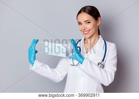 Photo Of Cheerful Virologist Doc Lady Professional Advising Patients Use Facial Cotton Mask Good Qua