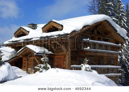 Nice Chalet 2