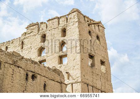 Clay Architecture Birkat Al Mud