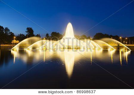 Aachen Europaplatz Fountain At Night