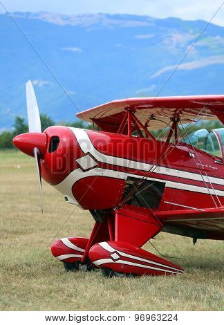 Thiene, Vicenza - Italy. 26Th July, 2015: Light Aircraft For The Transportation Of Passengers In An