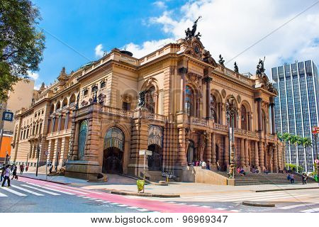 SAO PAULO, BRAZIL - APRIL 17, 2015: Municipal theater of Sao Paulo, built in 1903 and opened in 1911, with the opera Hamlet, of Ambrose Thomas, on April 17, 2015, in Sao Paulo.