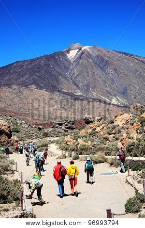 Ramblers hiking at Pico de Teide, Tenerife