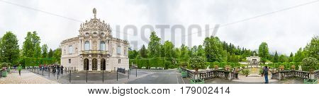 360 Degree Panorama Of The Linderhof Palace - Schloss In Germany