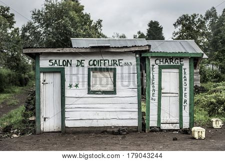 Typical hairdressing salon in Nord Kivu