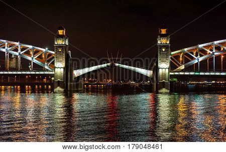 Night view of bridge in the Saint-Petersburg city, Russian Federation