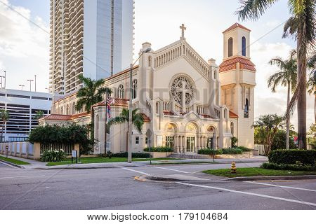 Trinity Episcopal Cathedral in Miami Florida is the cathedral church of the Episcopal Diocese of Southeast Florida and inspired by the architecture of Roman Catholic cathedrals.