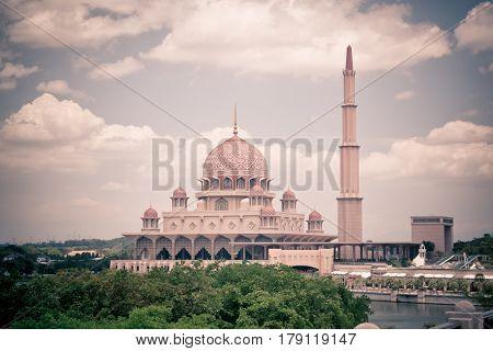PUTRAJAYA MALAYSIA - FEBRUARY 08 2015: Putra Mosque in Putrajaya the new administrative center of Malaysia