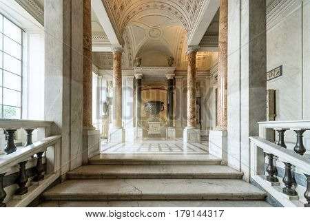VATICAN - SEPTEMBER 30, 2012: Hall in the Vatican museum. This is the oldest museum in Italy.
