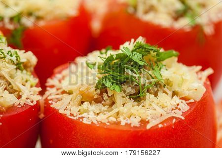 Stuffed tomatoes preparation : Raw stuffed tomatoes ready to be baked