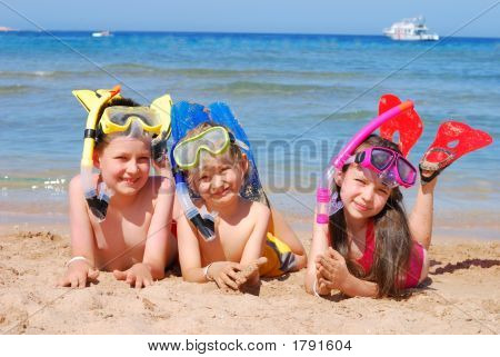 Happy Swimmers/Snorkelers