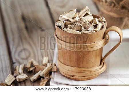 Dried And Sliced Marshmallow Root