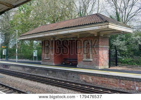 Mortimer, UK. 1st April 2017. An old Victorian shelter on the platform at Mortimer Station in Berkshire. The station is served by trains between Basingstoke and Reading.