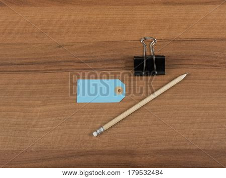 Lable in flat lay Still on wooden board