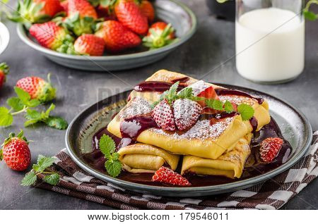 Filled Pancakes With Strawberries