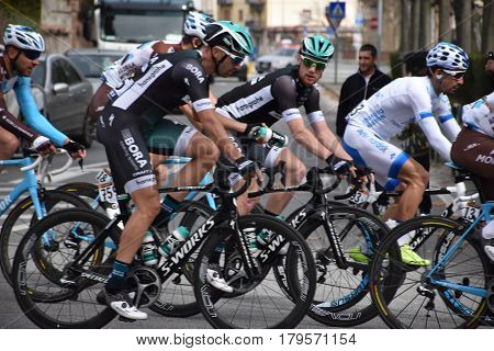 Famous cycling race