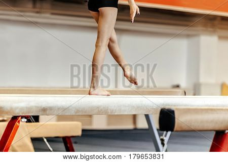 exercises on balance beam female gymnast competitions in gymnastics