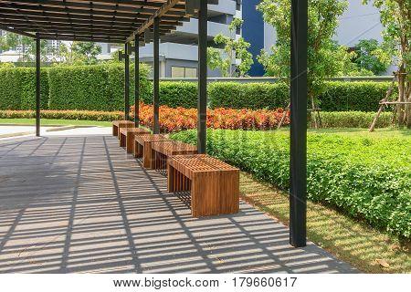 Outdoor Nature Wooden Bench In Zen Garden Style
