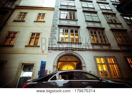 Mercedes Drives A Wedding Couple Through The Old Streets Of Vienna