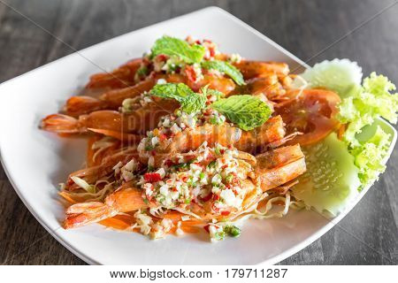 Tiger prawn spicy salad, thai sefood groumet cuisine