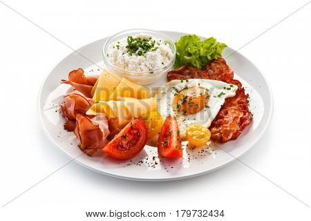 Breakfast - fried egg, beacon, and cheese