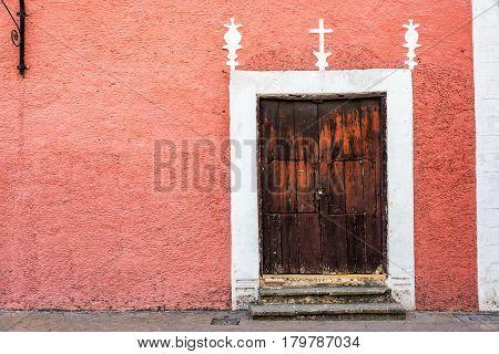 Colonial Building And Door